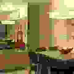 Modern Dining Room by Cadore Arquitetura Modern