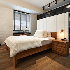 ColdStream Avenue Industrial style bedroom by Eightytwo Pte Ltd Industrial