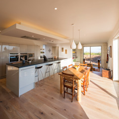 Broadmere Adrian James Architects Modern kitchen