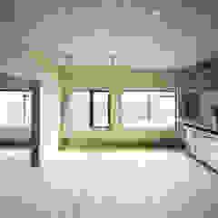 SUGAWAHOUSE ラスティックデザインの キッチン の 苅部 寛子建築設計事務所 /OFFICE OF KARIBE HIROKO ラスティック