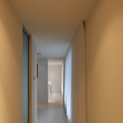 Modern style bedroom by Leonardus interieurarchitect Modern