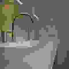 Modern bathroom by Leonardus interieurarchitect Modern