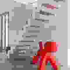 Renesse Beachhouse Moderne woonkamers van SMEELE Ontwerpt & Realiseert Modern
