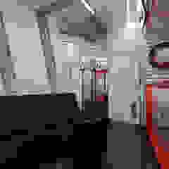 Общественные помещения Автосалоны в стиле минимализм от Студия Ксении Седой Минимализм