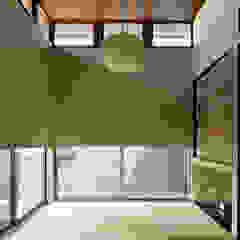 โดย H建築スタジオ โมเดิร์น
