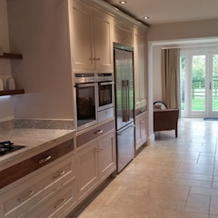 kitchen/diner Country style kitchen by Place Design Kitchens and Interiors Country