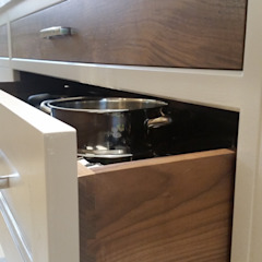 Walnut drawer boxes : classic  by Place Design Kitchens and Interiors, Classic