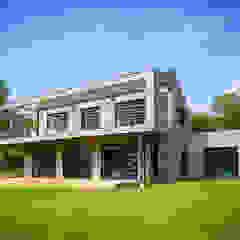 Dina Modern houses