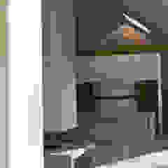 Aylesbury pool room Modern style kitchen by Decor Tadelakt Modern