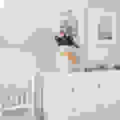 Cuartos de estilo moderno de MUDA Home Design Moderno