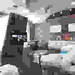 normal apartment Хандсвел Ruang Keluarga Gaya Asia
