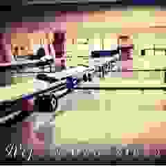 Reform Cam Balkon Modern Balkon, Veranda & Teras Reform Cam Balkon Modern