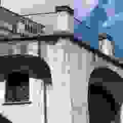 Residenza in Sicilia, ai piedi dell'Etna Garage/Rimessa in stile mediterraneo di Antonio Torrisi Mediterraneo
