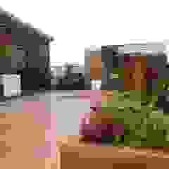 Ogród na dachu z nutką orientu Azjatycki balkon, taras i weranda od GREENERIA Azjatycki