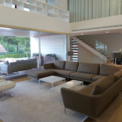 Salon moderne par Jorge Belloch interiorismo Moderne