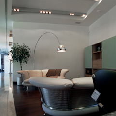 Офисы и магазины в стиле модерн от homify Модерн