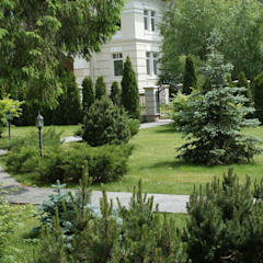 Classic style garden by ПАН Ландшафт Classic