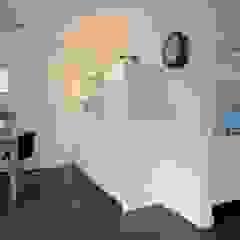 Moderne Wohnzimmer von Schindler interieurarchitecten Modern