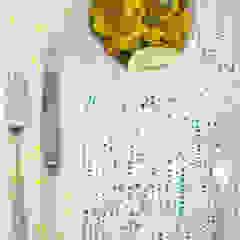 Confetti napkin detail Georgia Bosson Dining roomAccessories & decoration