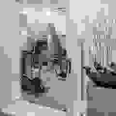 Stolpboerderij in Noord - Holland Minimalistische fitnessruimtes van Decoussemaecker Interieurs Minimalistisch