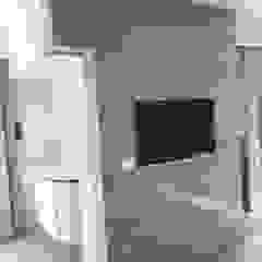 Luxury Stone / Billionaire Furniture Club ห้องแต่งตัว