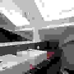 Hélène de Tassigny Modern bathroom