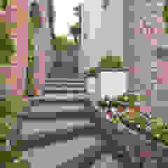 کرجی مدیترانه، راهرو و پله ها توسط Imperatore Architetti مدیترانه ای