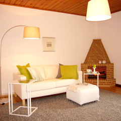 Modern living room by Jokiel Immobilien Modern