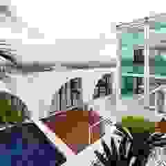 STUDIO CAMILA VALENTINI Rumah Modern