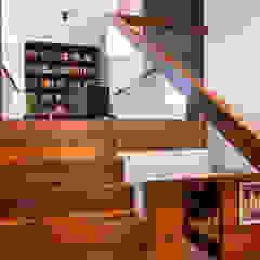 Eclectic style corridor, hallway & stairs by Viva Design - projektowanie wnętrz Eclectic