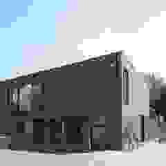 Casas de estilo moderno de hasa architecten bvba Moderno
