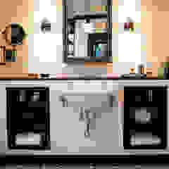Drummonds Case Study: Loz Feliz Retreat, California توسط Drummonds Bathrooms مدیترانه ای