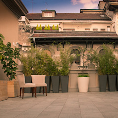 Neò Natura su misura Minimalist balcony, veranda & terrace