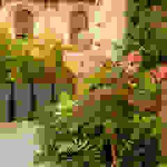Neò Natura su misura Balconies, verandas & terraces Plants & flowers