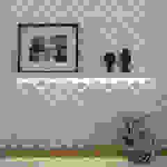 MONTPERLLIER Paredes e pisos minimalistas por Barbara Dundes | ARQ + DESIGN Minimalista