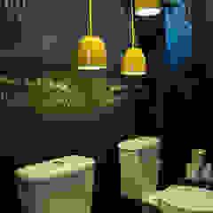 Leticia Sá Arquitetos Minimalist bathroom