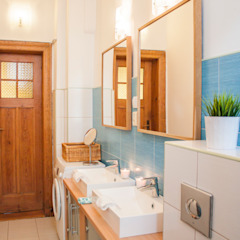 Modern Bathroom by Studio projektowe SUZUME Modern