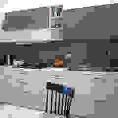 Moderne Küchen von Laura Canonico Architetto Modern