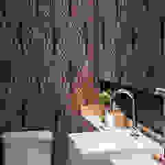 Modern bathroom by Asenne Arquitetura Modern