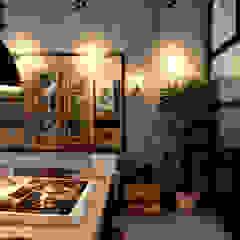 Garage Loft Eclectische eetkamers van BRICKS Studio Eclectisch