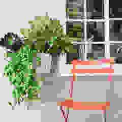 modułowe ogrody wertykalne - outdoor Rustykalny balkon, taras i weranda od rstudio Rustykalny