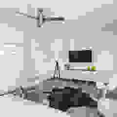 Minimalist bedroom by Grupo Arsciniest Minimalist