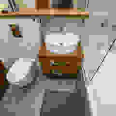 BJN Rustykalna łazienka od Och_Ach_Concept Rustykalny