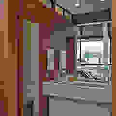 Moderne Badezimmer von Beth Nejm Modern