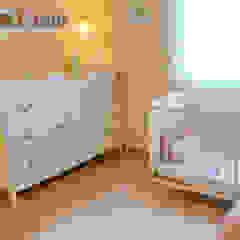 046 | Quarto bebé, Ericeira, Mafra Quartos de criança ecléticos por T2 Arquitectura & Interiores Eclético