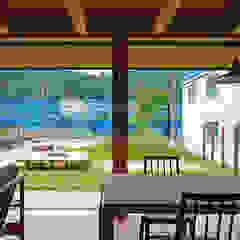 石巻の家 和風デザインの リビング の 株式会社 空間建築-傳 和風