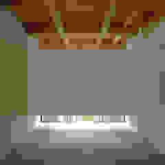 아시아스타일 미디어 룸 by 株式会社 空間建築-傳 한옥