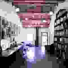House 11 Studio in stile rurale di Opera s.r.l. Rurale