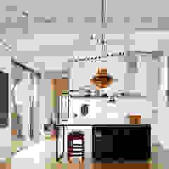 Dapur Gaya Industrial Oleh miba architects Industrial