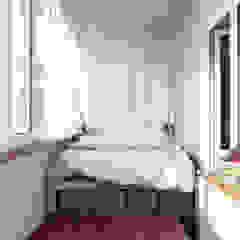 Scandinavian style bedroom by sreda Scandinavian